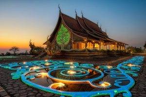 thailand-temple-etiquette-58cf77b25f9b581d720696b6